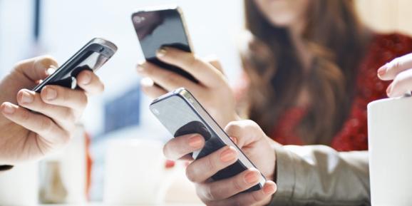 13 เรื่องน่ารู้ข้อดีและข้อเสียของการใช้โทรศัพท์มือถือ